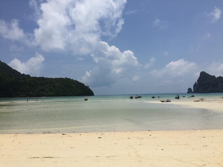 GOOD BEACH.JPG