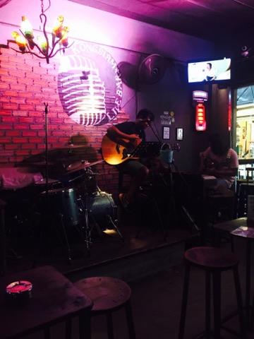 live bar.jpg